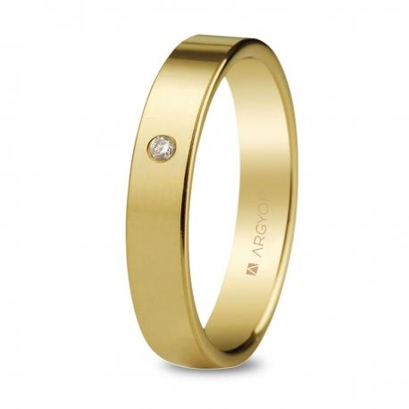 Alianza de boda, de oro amarillo y  nueve quilates