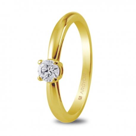 Sortija en oro amarillo de 18kt con un diamante 3.5mm en talla brillante de 0.16ct.