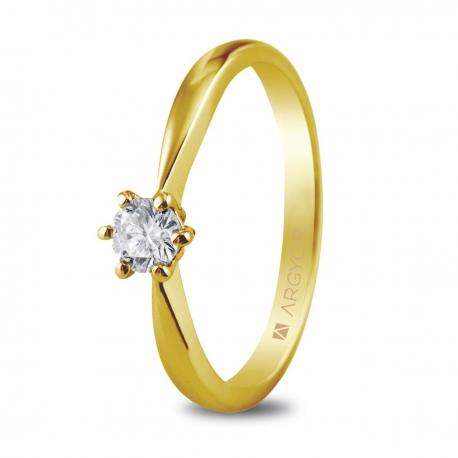 Sortija en oro amarillo de 18kt con un diamante de 4.00mm en talla brillante de 0.25ct