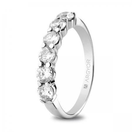 Sortija en oro blanco de 18kt con seis diamantes de 3.5mm en talla brillante total 1.00ct
